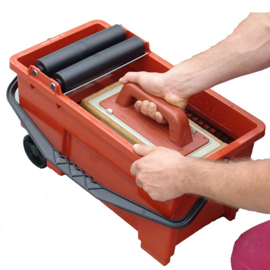 Raimondi Skipper Grout Cleaning System grill to clean sponge