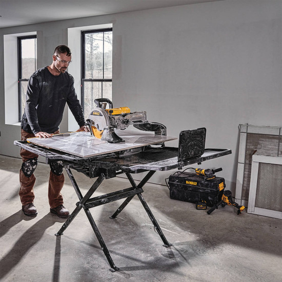 Dewalt D36000 tile saw for professional tile installer