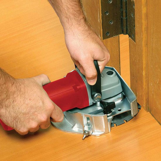 10-46 Roberts by QEP Jamb Saw Cuts inside corners and under toe kicks, Patented design enables saw to cut full inside corners in molding up to 1/2 in. thick and undercut doors as as 1-3/4 in.