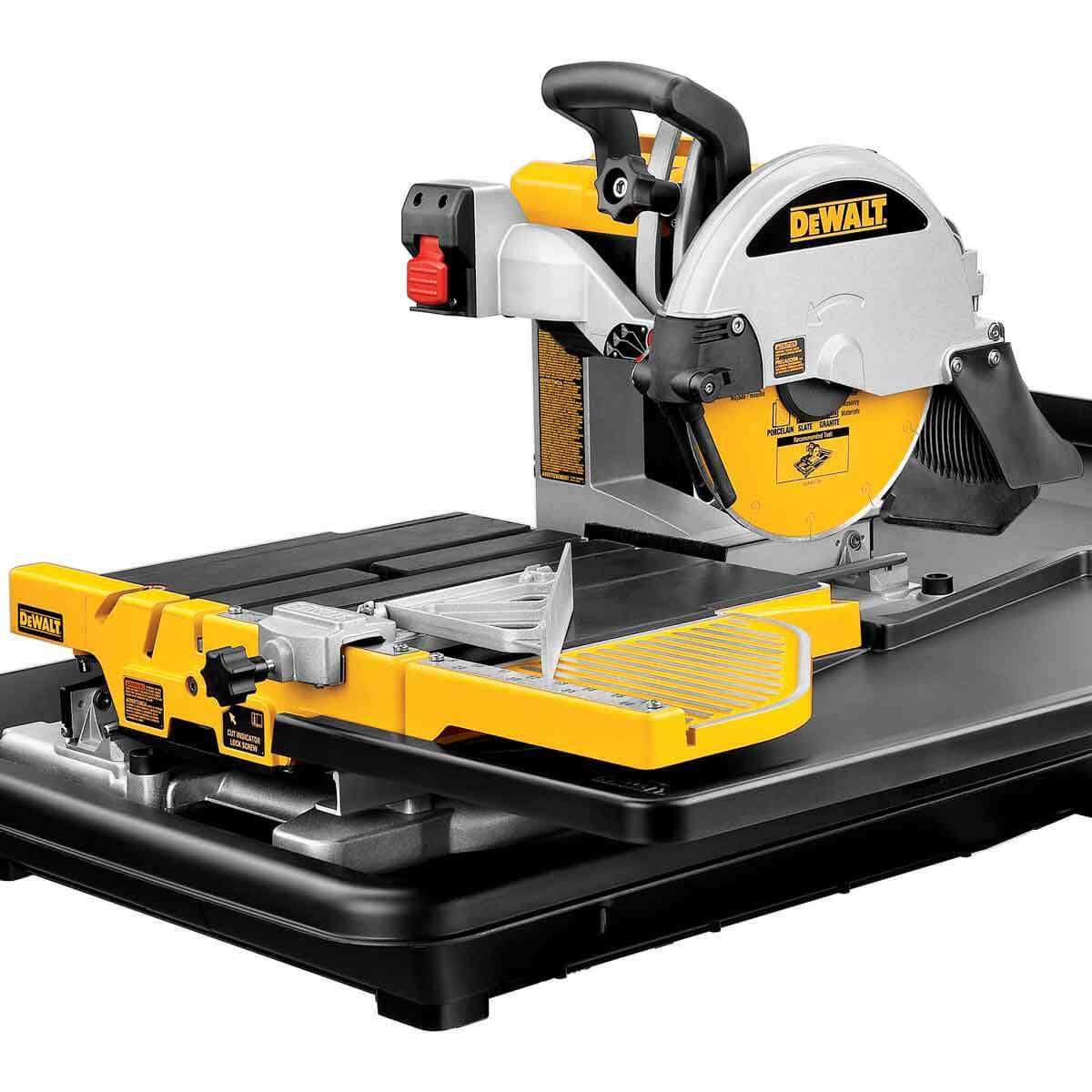 dewalt d24000 tile saw close up