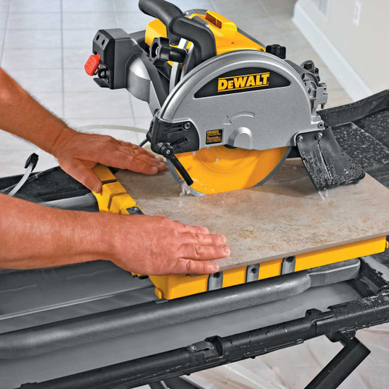 Dewalt D24000 Tile Saw cutting tile close