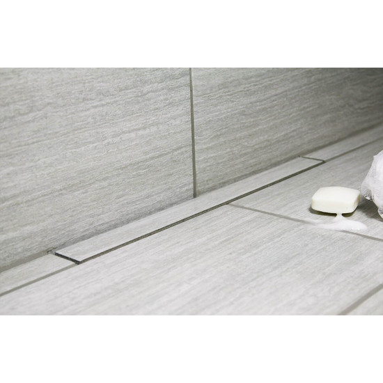 Tile-top strainer for low profile design