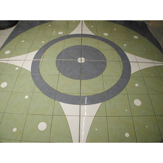 Decorative curved cut tile achieved with Montolit Combi Slalom