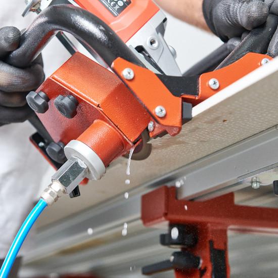 TCLF45DB Raimondi guide to miter on rail on bench thin panel porcelain tile water feed