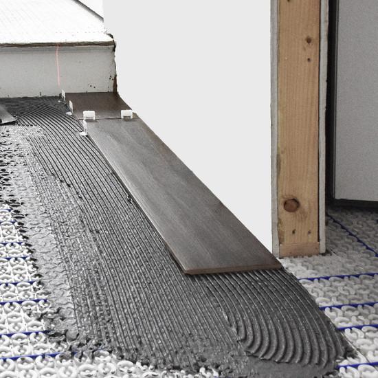 Laticrete Strata Heat 120V Spliceless Heating Wire on strata heat mat
