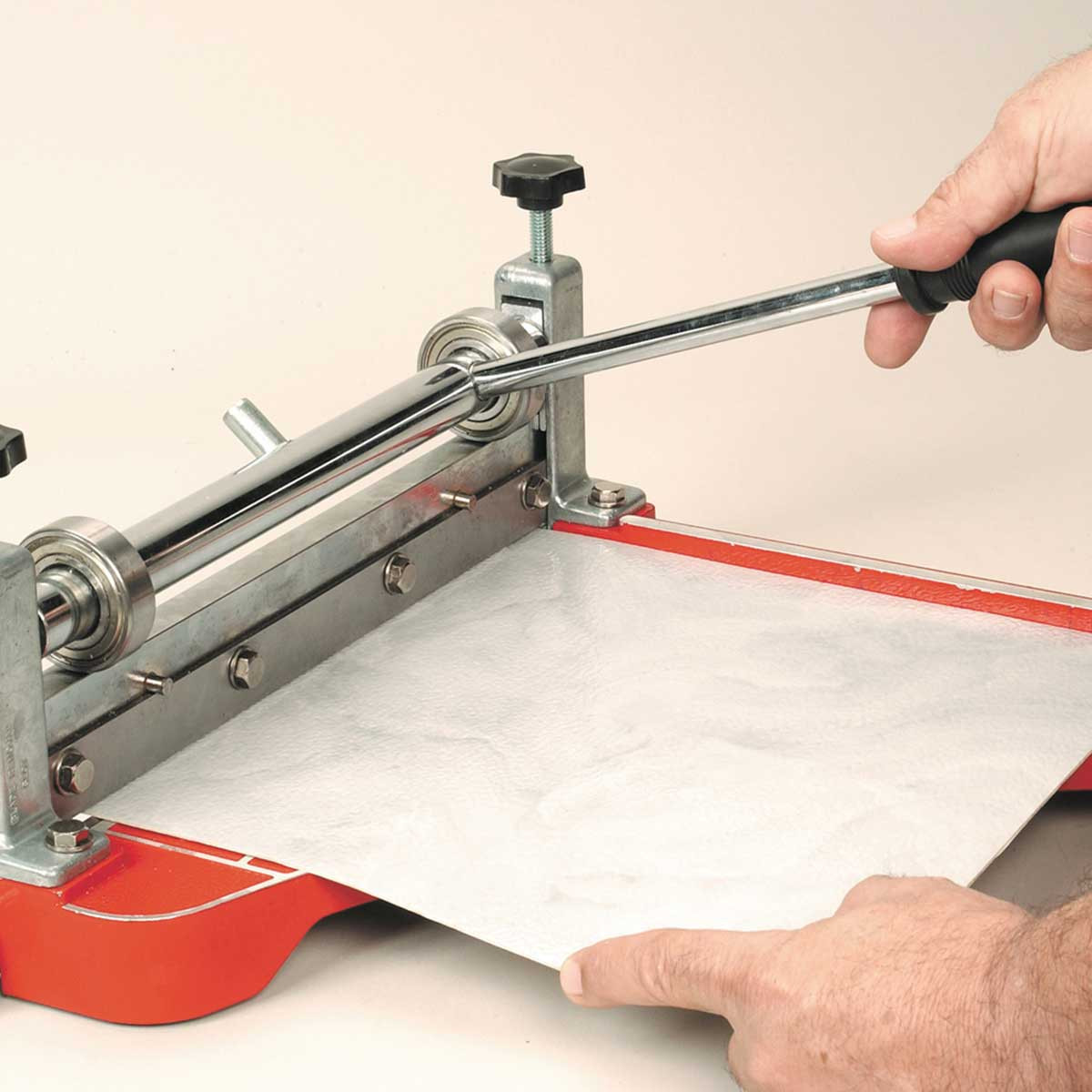 Roberts Vinyl Tile Cutting