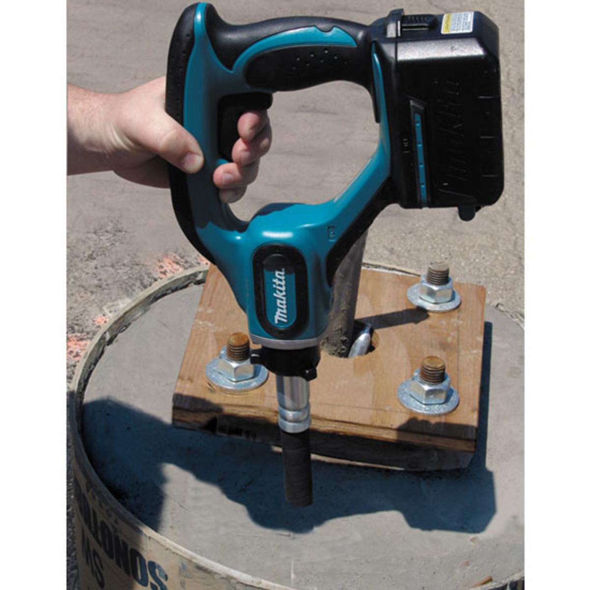 Makita concrete vibrator