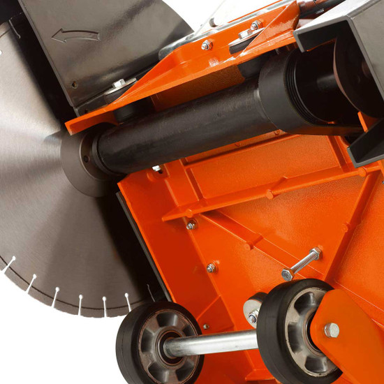 Husqvarna FS413 belt drive blade