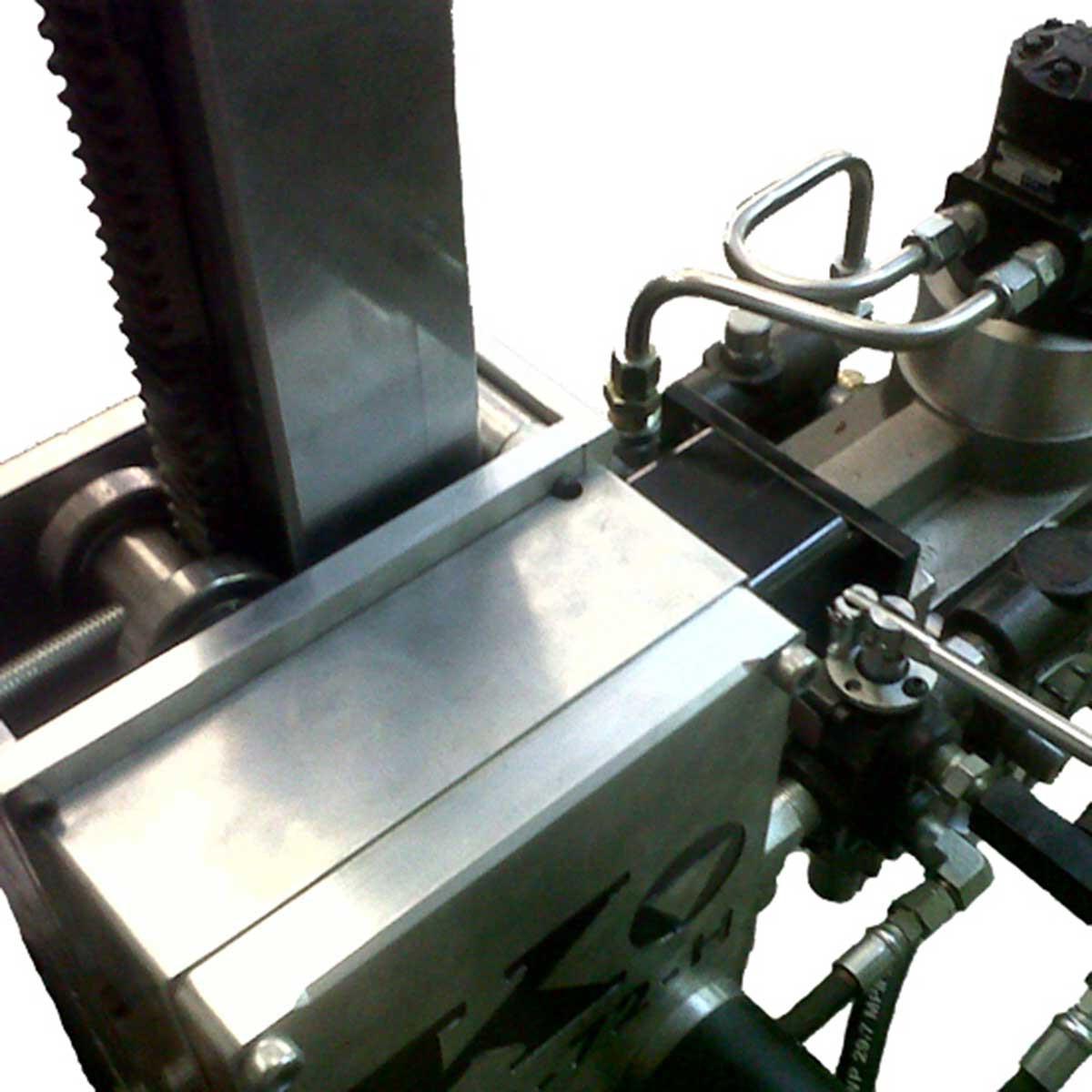 Kor-It Hydraulic core drill control