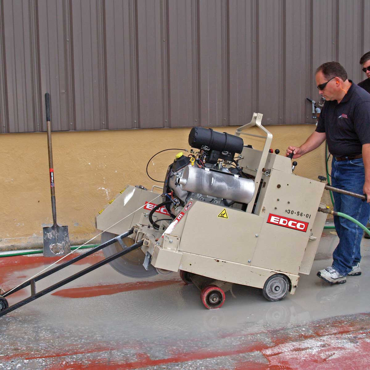 Edco Ss 26 Self Propelled Concrete Saw Contractors Direct