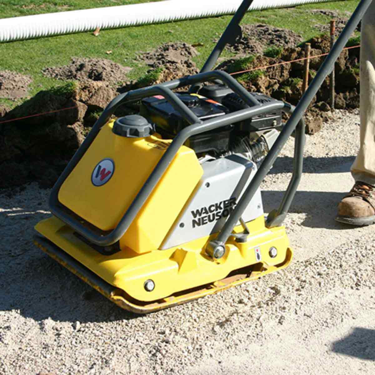 Vibratory plate soil compaction