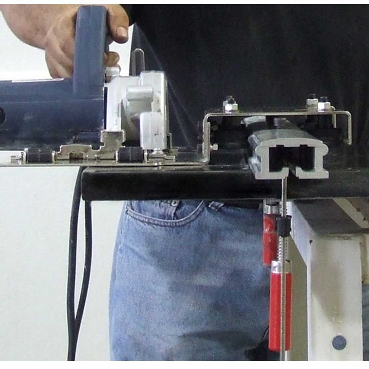 AWS-125 hand-held saw rail cutting countertops