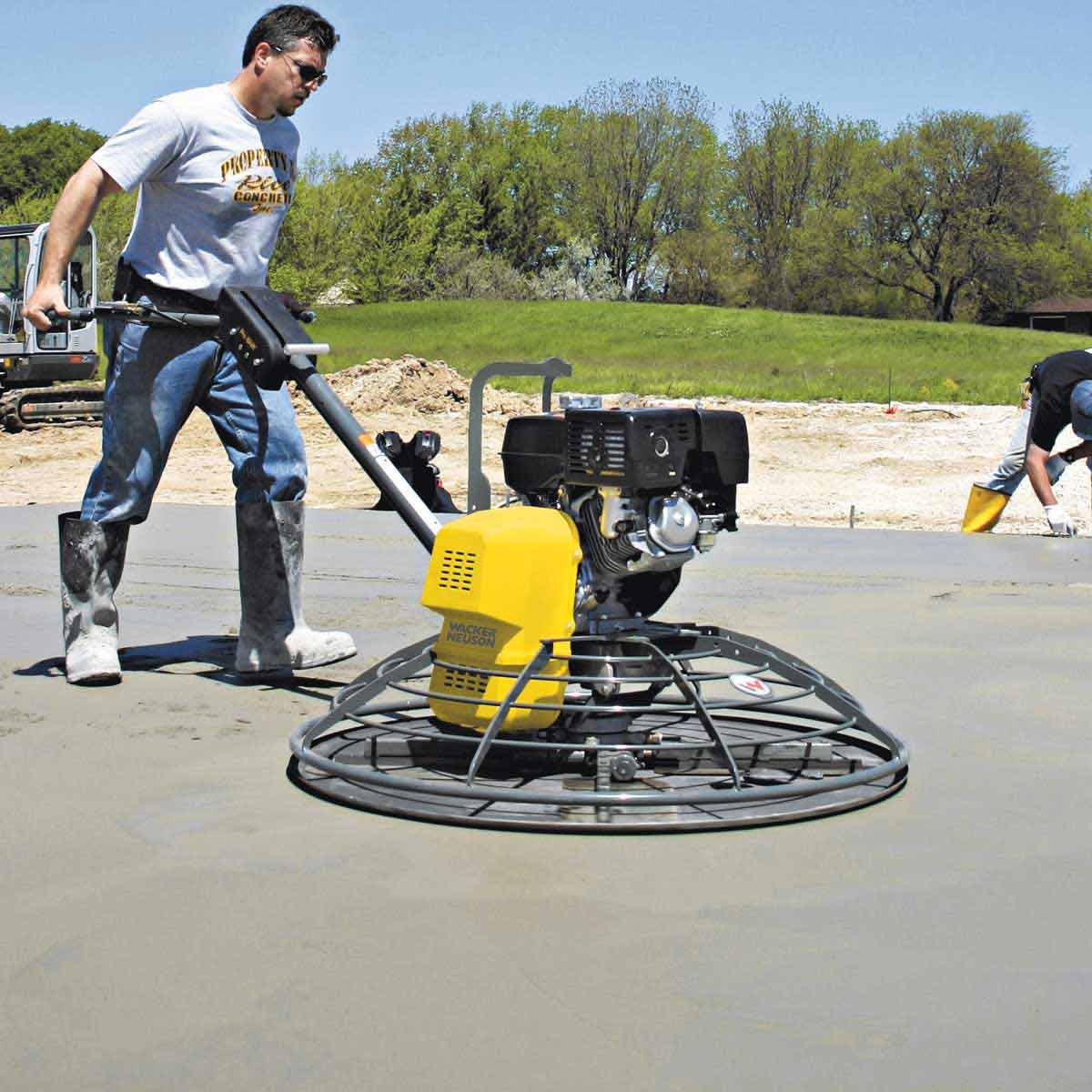 Wacker Neuson Power Trowel action