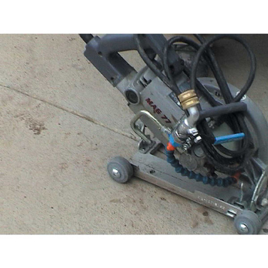 Pearl Blade Roller with Wet Cutting Attachment